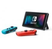 Switch Console Nintendo avec un Joy-Con rouge néon et un Joy-Con bleu néon
